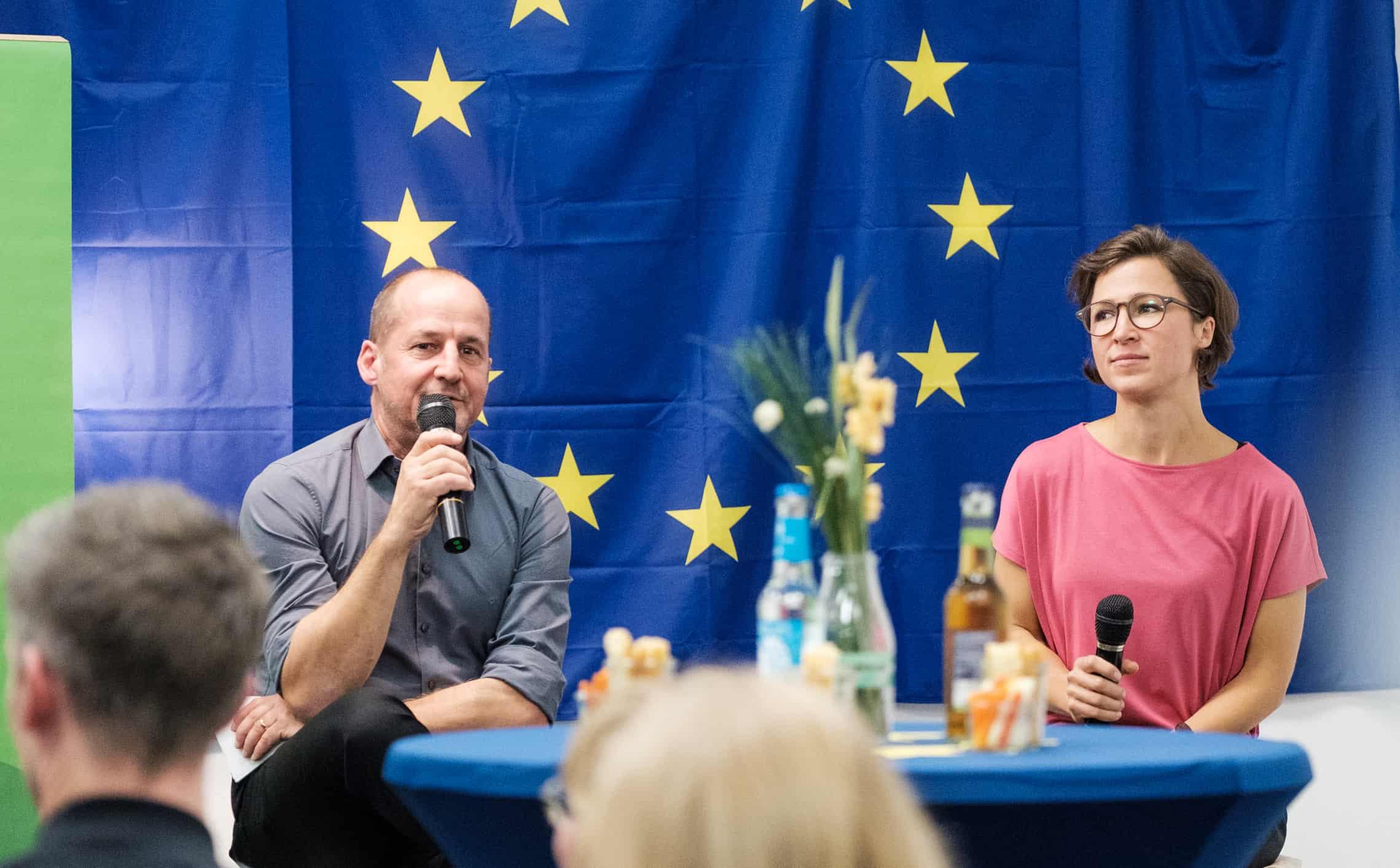 Gemeinsam mit Peter Funk spannen das Publikum und ich Visionen für Europa.