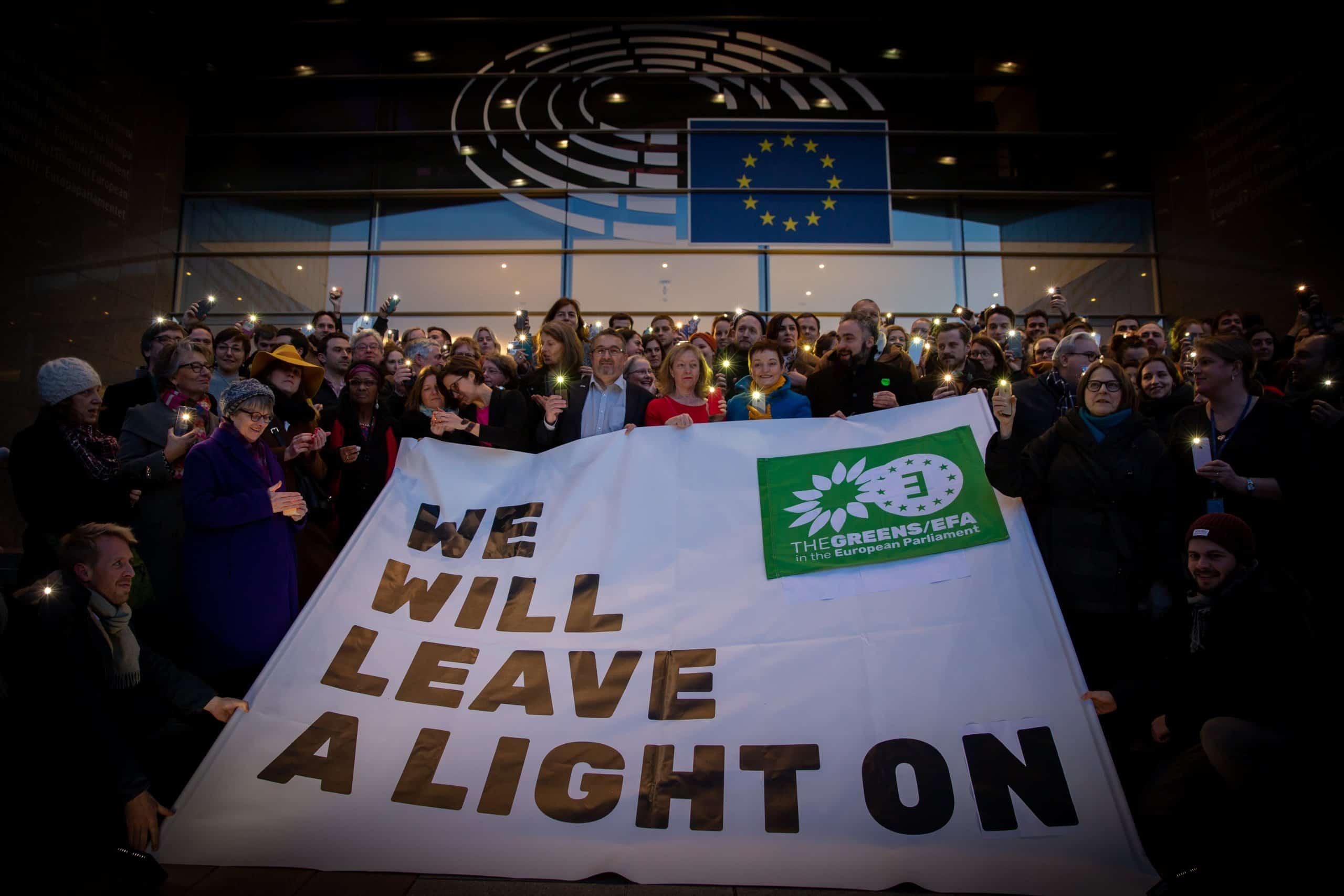 #LeaveALightOn - damit unsere Freunde eines Tages wieder nach Hause finden!